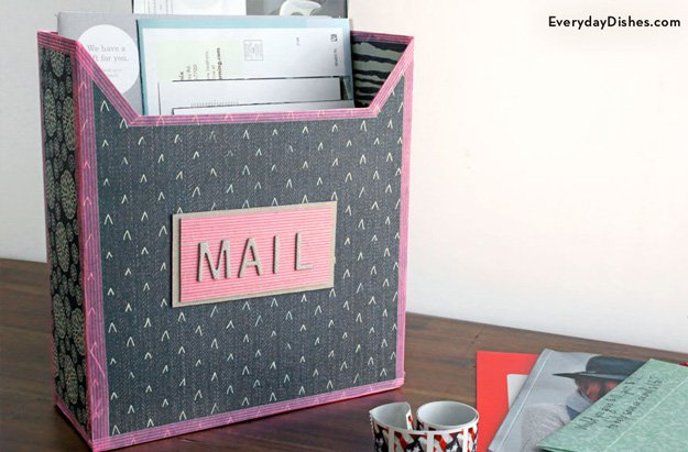 DIY Mailbox Craft from Cereal Boxes | http://diyready.com/28-things-you-can-make-from-cereal-boxes/