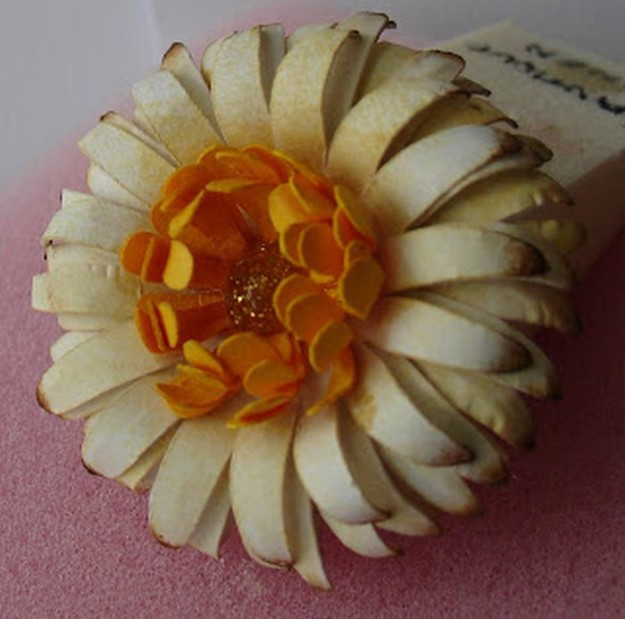 Gerbera Daisy Paper Flower   10 Flower Craft Ideas: How to Make Construction Paper Flowers