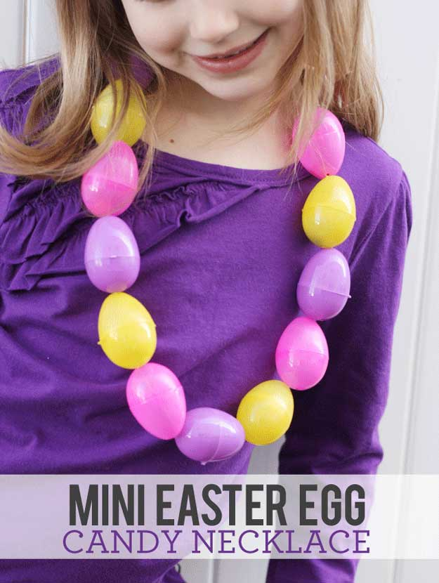 Easter Egg Candy Necklace   22 Cheap DIY Jewelry Projects for Girls