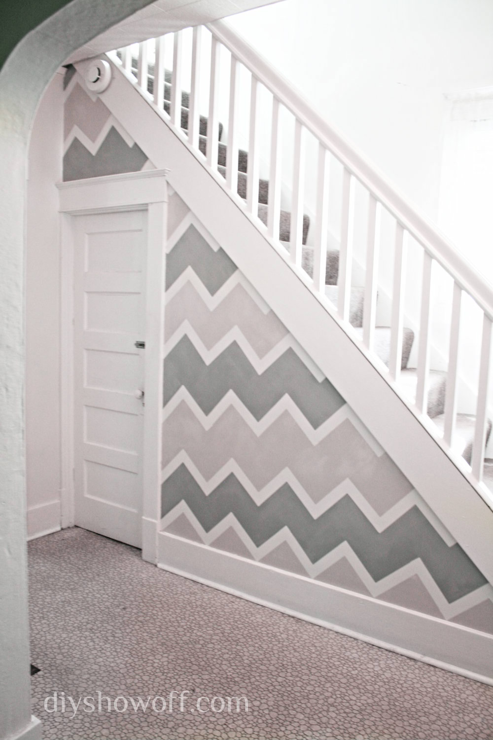 Chevron Accent Wall | 17 Amazingly Cheap Home Decor | DIY Crafts