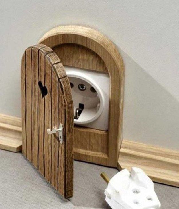 Mouse Hole Outlet Cover | 15 DIY Teen Girl Room Ideas