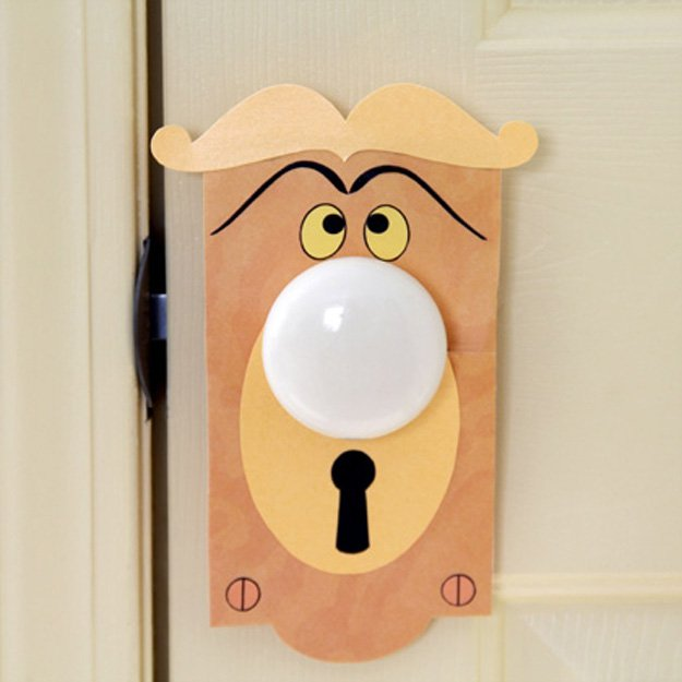 DIY Talking Doorknob | 15 DIY Teen Girl Room Ideas
