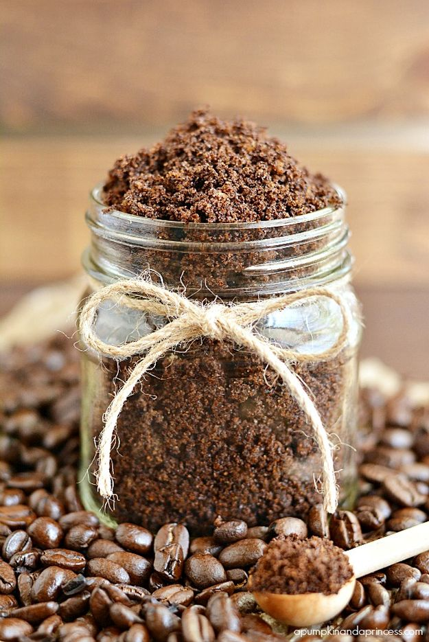 Homemade Coffee Scrub | 15 Creative DIY Coffee Crafts