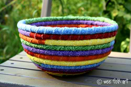 Rainbow Coiled Rag Bowl | 17 Amazingly Cheap Home Decor | DIY Crafts