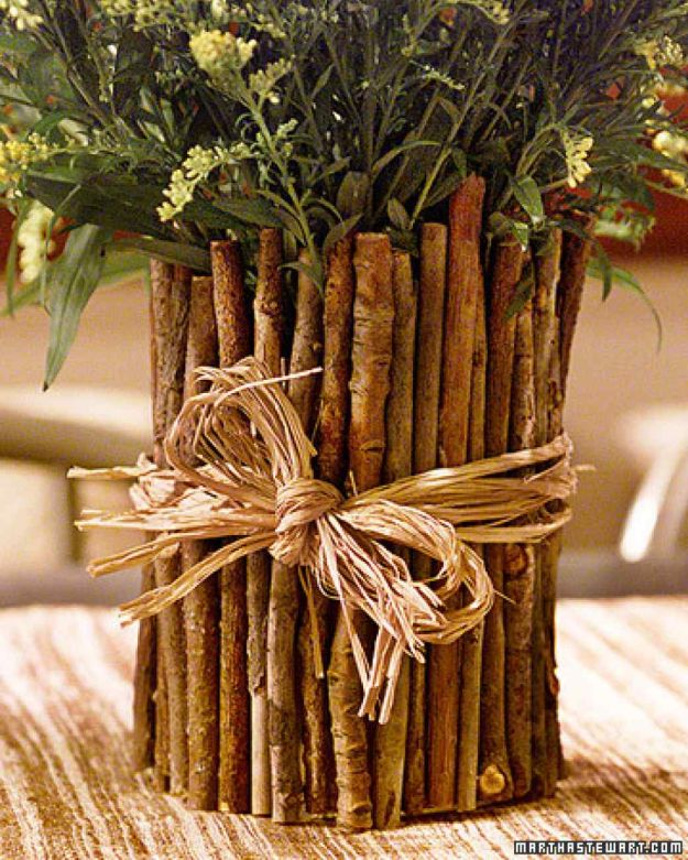 Twig Vase | 13 DIY Country Home Projects