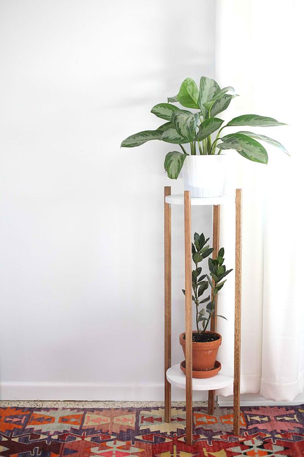 DIY Mid-Century Plant Stand | DIY Home Decorating Ideas For Mid Century Modern Lovers